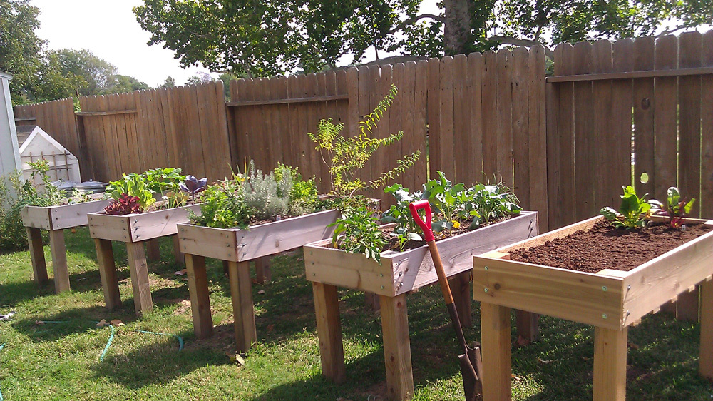 A Raised Garden Bed On Legs 311197, How To Build A Raised Garden Bed With Legs From Pallets